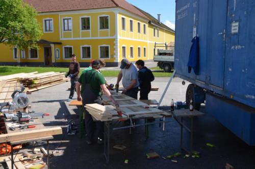 2017-05-15 Zeltfest Boxhofen Aufbau 01 02